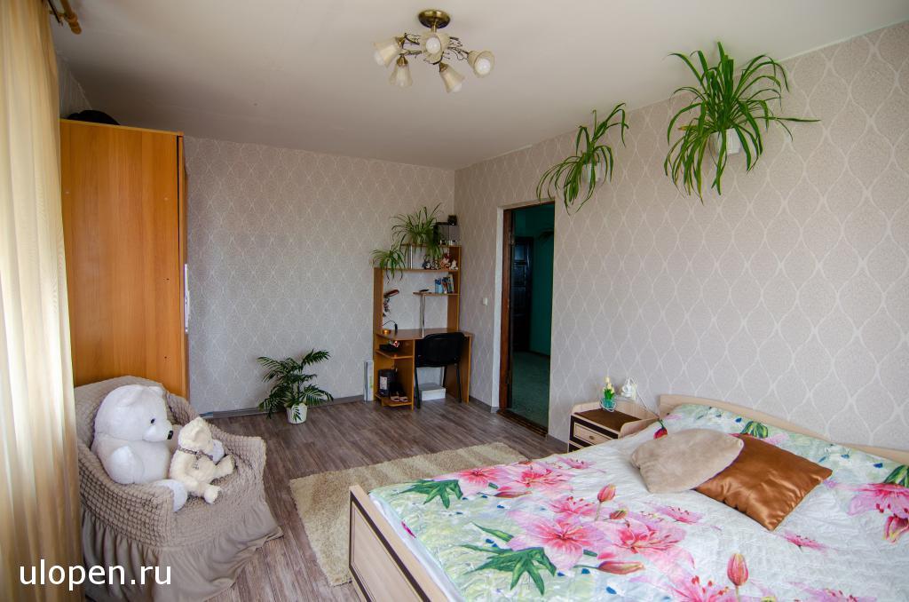 Спальня на 2 этаже. Купить дом, Симферополь.