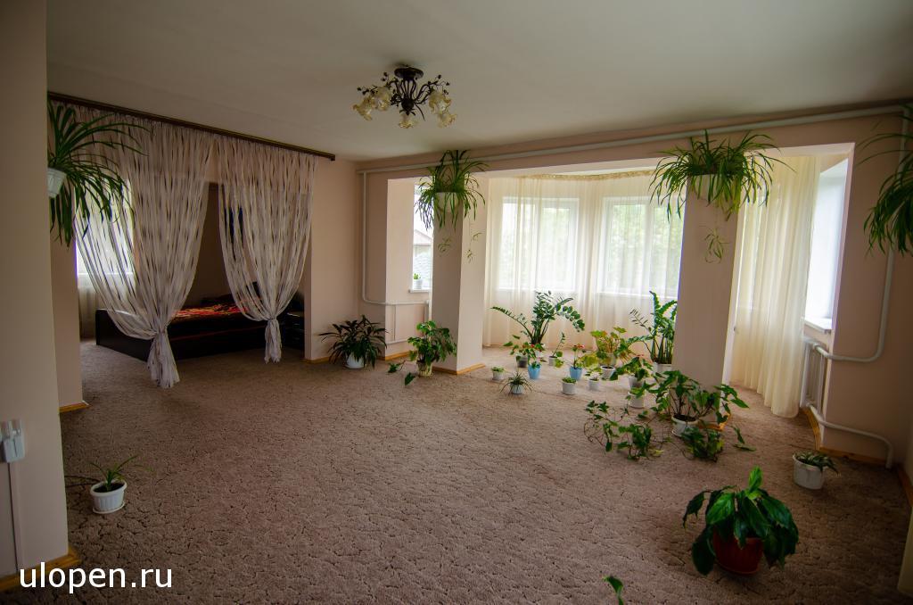 Большая спальная комната. Продажа дома, Симферополь