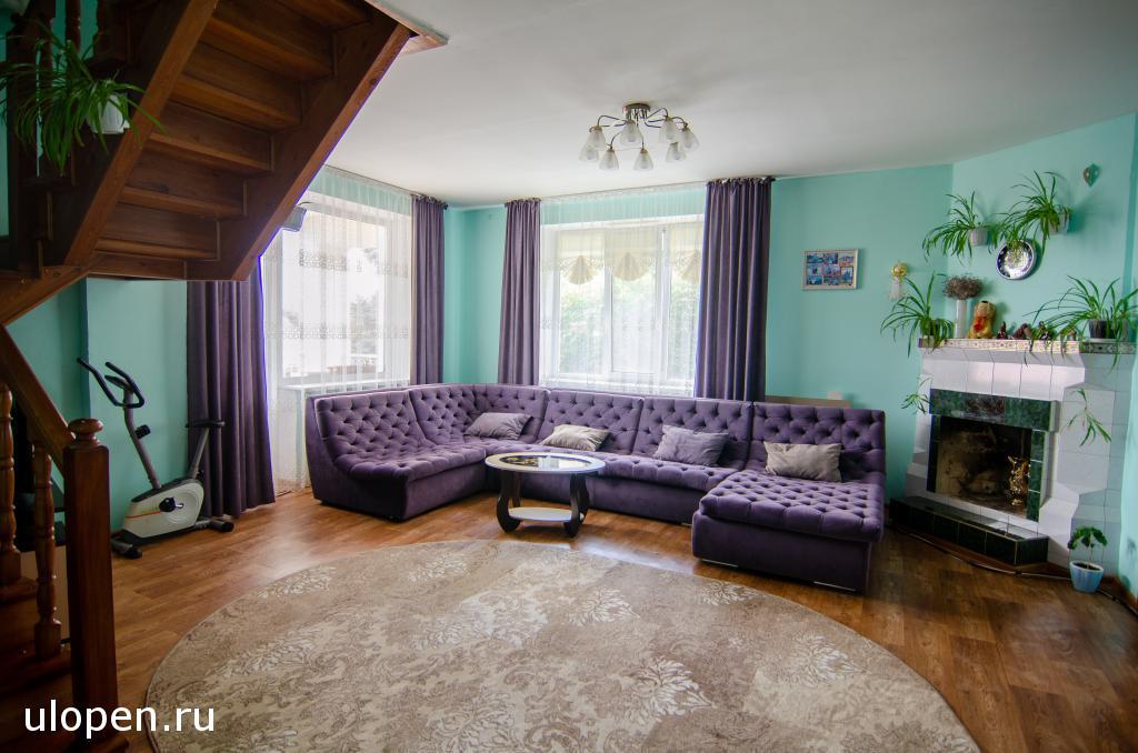 Гостиная комната. Продам дом в Симферополе.